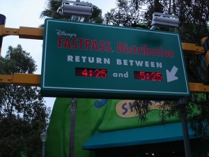 disneyland-fastpass-queueing-theory